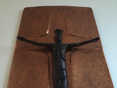 Kruzifix mit segnenden Händen