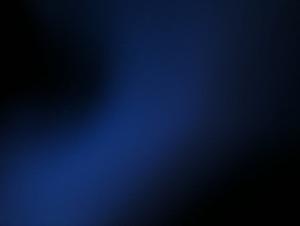 Blau auf schwarzem Hintergrund