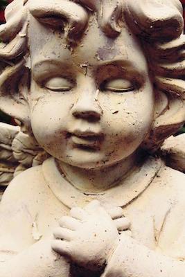 Engelskopf einer Statue