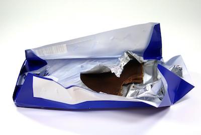 ausgepackte Tafel Schokolade