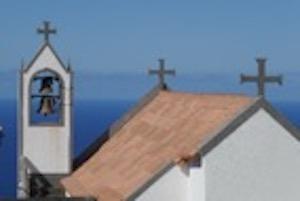 Kirchendach und Kirchenturm