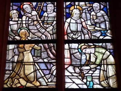 Kirchenfenster mit Jesu Salbung