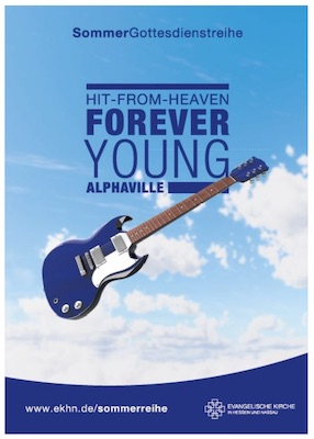 Gitarre im Wolkenhimmel