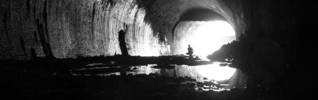 Tunnel mit Reflexionen